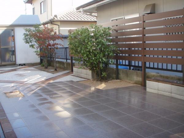 お庭を一新させる~タイルデッキのある空間~