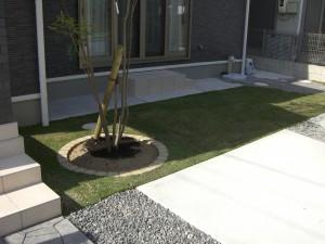 前庭の追加施工