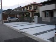 広々とした前庭をシンプルデザインで仕上げた外構
