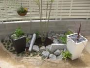 和洋をミックスした坪庭